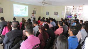 Lcda. Xiomara San Martin explicando la temática de Transparencia