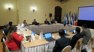 El Comisionado Propietario Evasio Asencio Rodriguez en compañía del Gerente de Riesgos, Evin Andrade les dio la bienvenida