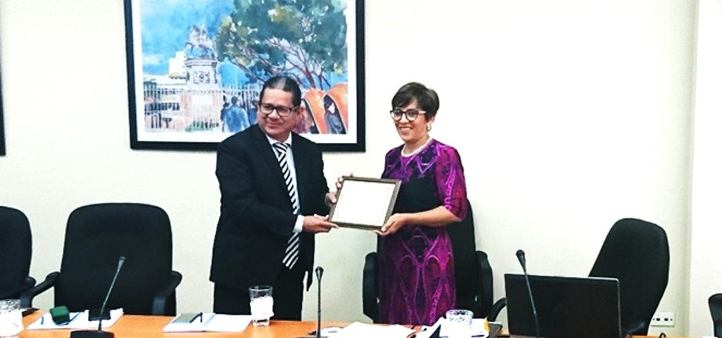 ONADICI Reconoce a la CNBS por su Destacada Labor en el Cumplimiento del Control Interno Institucional del 2017