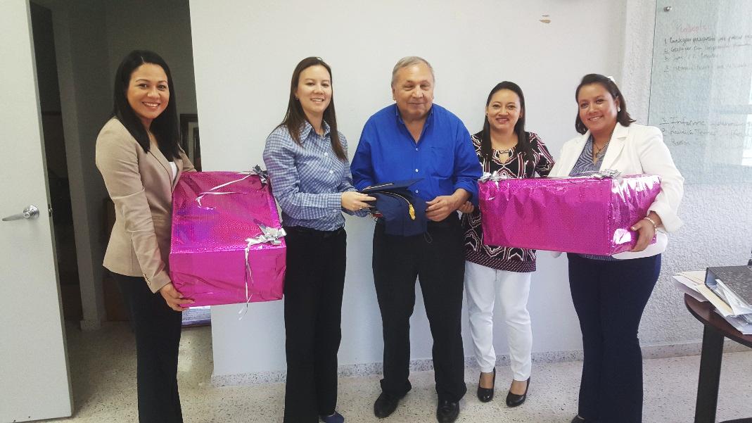 Ligia Herrera, Mey Ling Pon, Venancio Salgado, Victoria Rosales y Alba Mejía